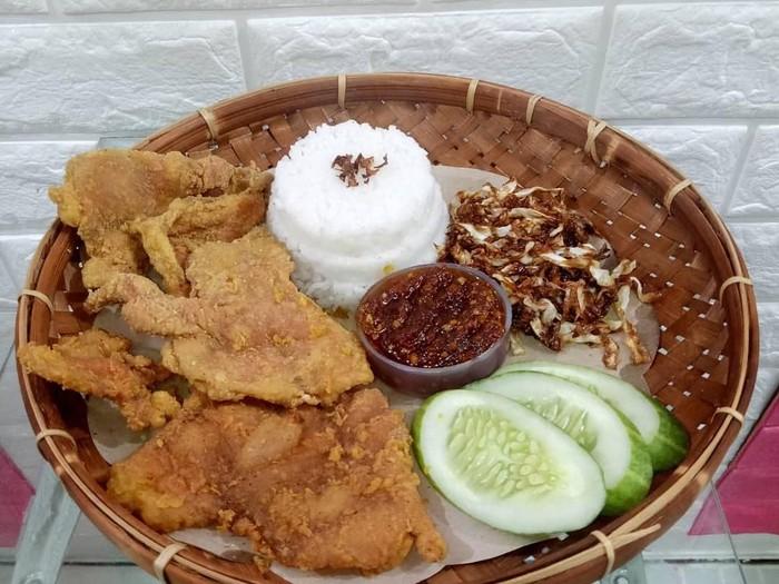 nasi kulit ayam, murah enak dan makanan kekinian