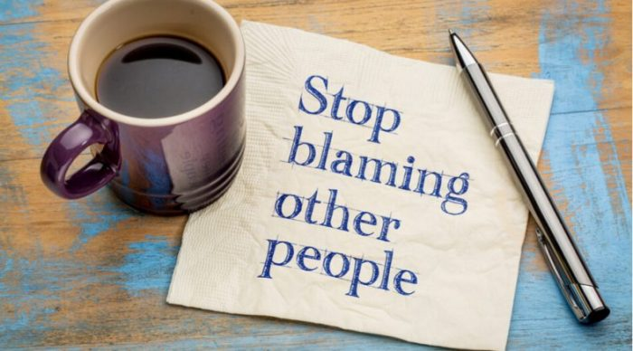 jangan suka menyalahkan segalanya